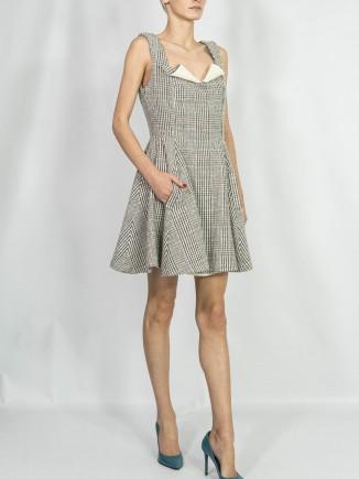 Crafted wool dress Alina Moza