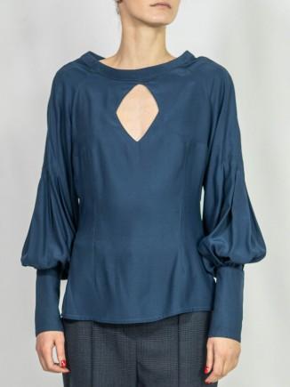 Sustainable blouse Alina Moza