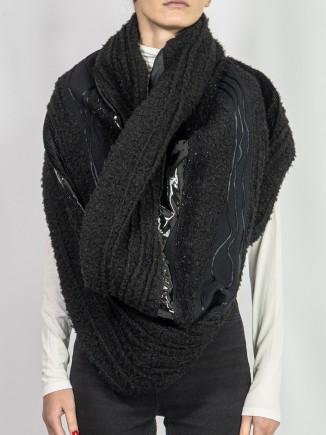 Crafted scarf Sabinne