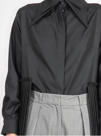 Crafted pleated black shirt Chaotic