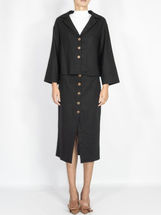 Ethical crafted suit Gnana