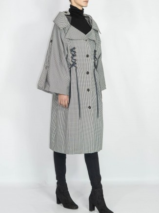 Unique crafted trench coat Diana Chis